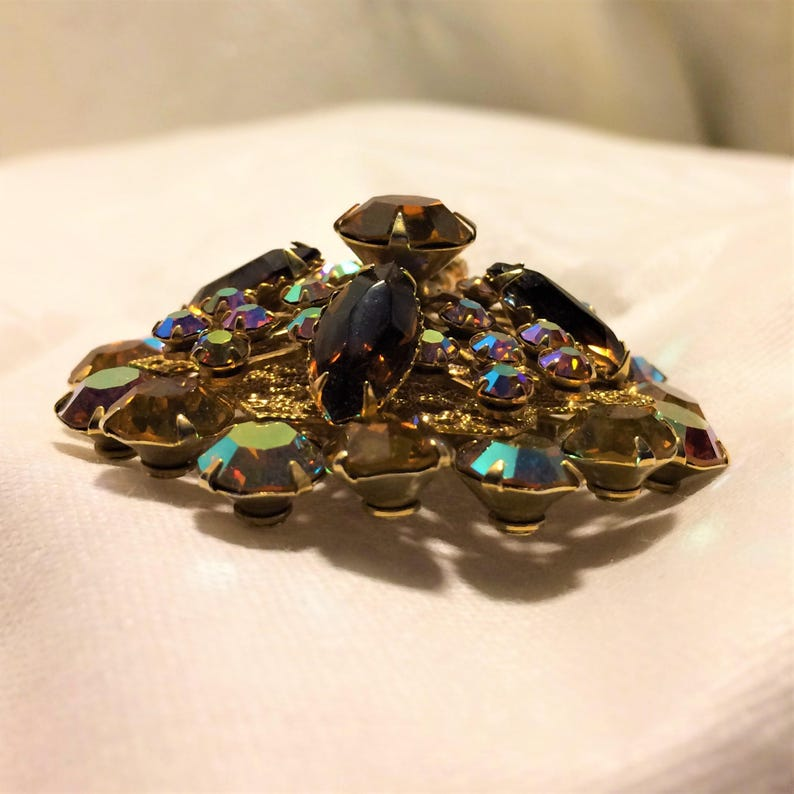 2 Inches Diameter. Gold and Aurora Borealis Round and Marquise Rhinestones Vintage Large Tiered Brooch with Autumn Colors of Brown D22