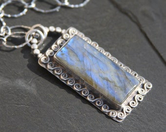 labradorite and sterling silver metalwork pendant necklace