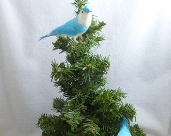 Vintage Spun Cotton and Feather Blue and White Small 4 Inch Bird