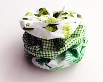 Green & White Tropical Foliage Print Scrunchie Set - Chic, Boho, Bun Holder, Long Hair Holder, Cotton Scrunchie, Ponytail Tie  - Kezbirdie