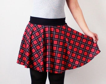 Funky punk red and black plaid tartan circle skirt - Size Medium - Kezbirdie