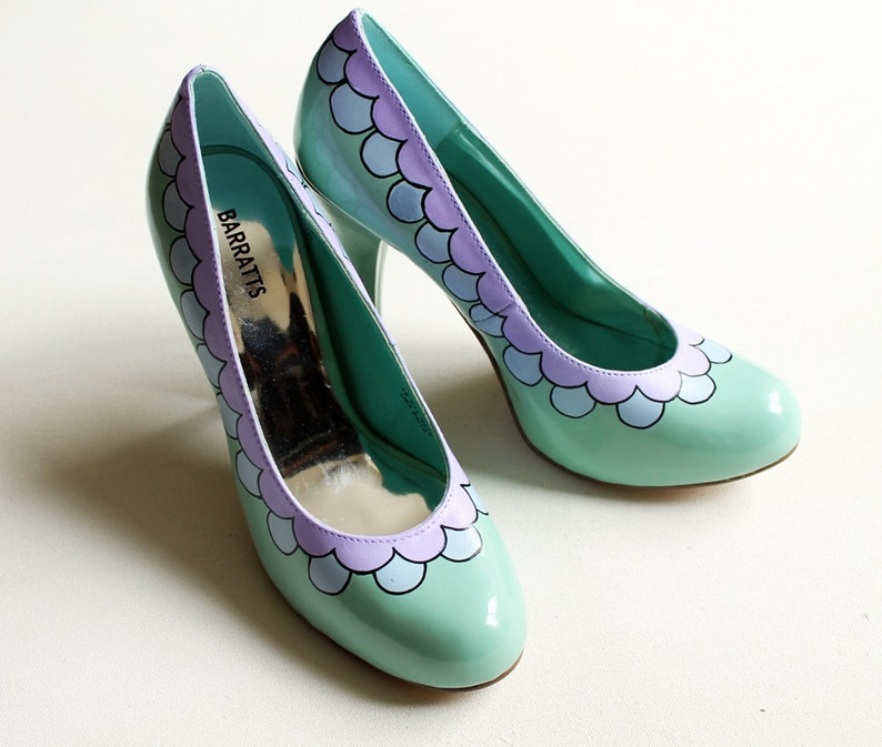 Hand painted Heels  Scalloped Pastel Lilac and Blue Shoes   image 0