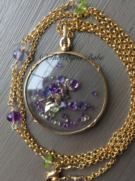 Shake Locket Antique French
