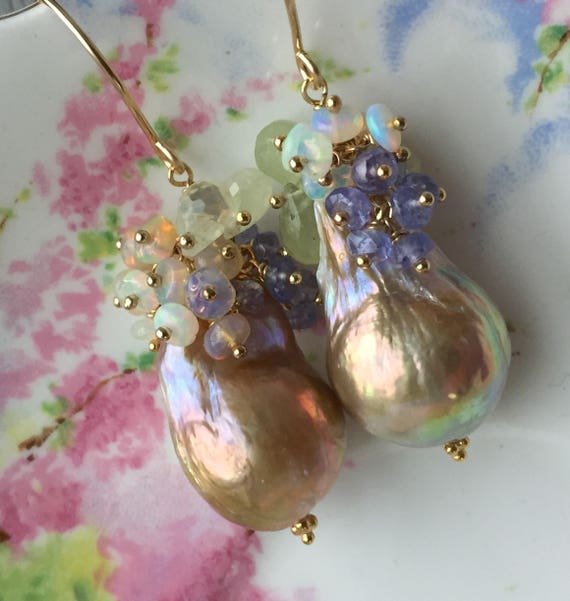 Pondslime Baroque Pearl Earrings