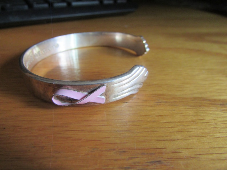Brest cancer spoon cuff