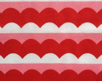 White, Pink, Red Scalloped Stripe Fabric Fat Quarter