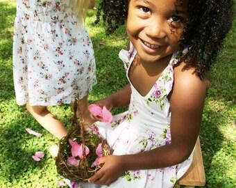 Set of 2 Flower Girl Baskets, Wild Honeysuckle Twig Baskets, Random Weave, Woodland Wedding, Rustic Primitive. Set K
