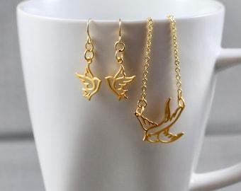Bird in Flight Necklace & Earring Set