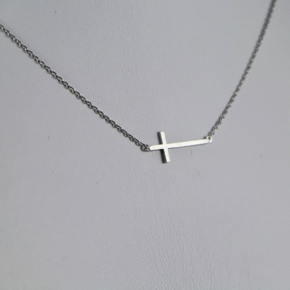 The Cross Minimalist Necklace