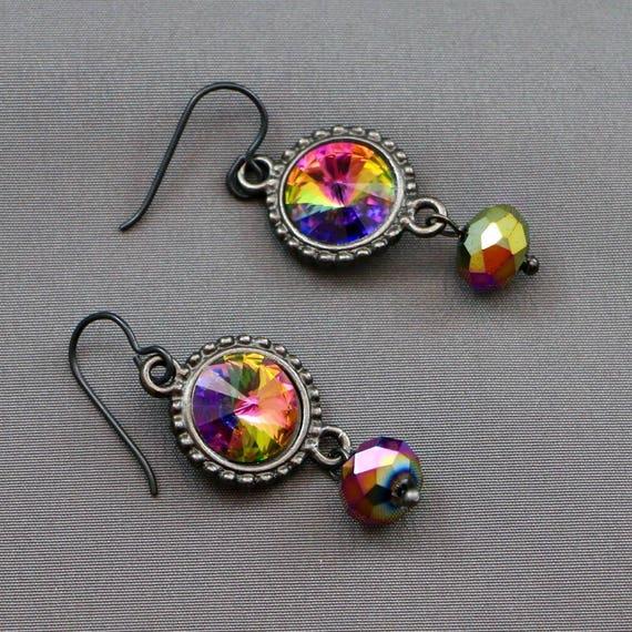 Verigation Earrings - Swarovski Crystal & Gunmetal