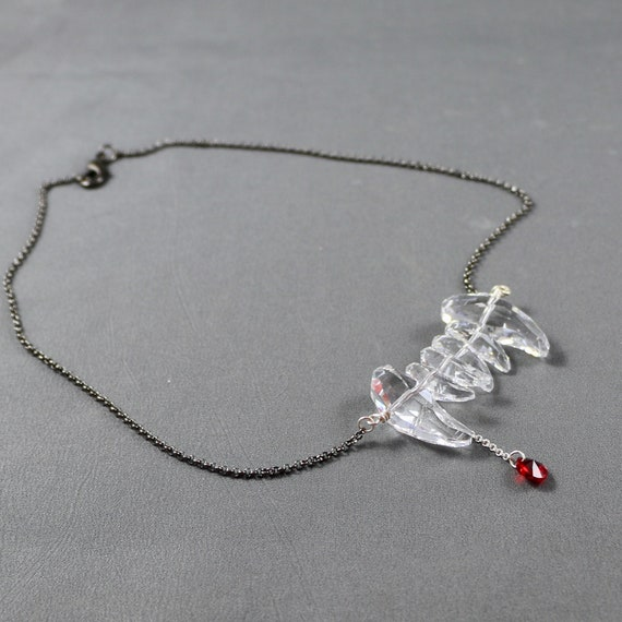 Bitten Necklace - Vampire Fang Necklace made out of Swarovski Crystal | Sterling Silver | Gunmetal