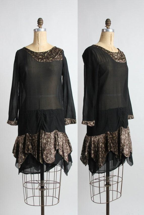 1920s Silk .  Flapper Gown . Velvet and Silk