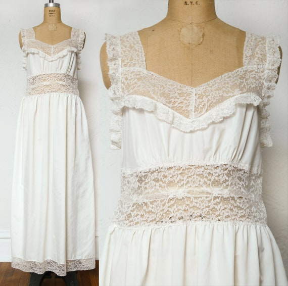 White Lace Night Gown