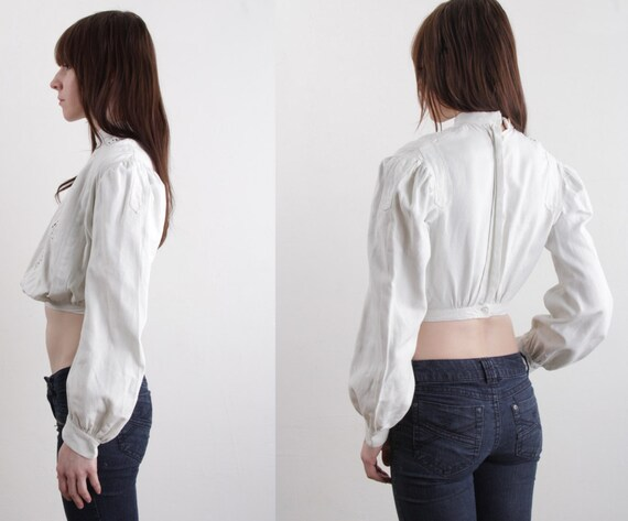 Victorian Blouse Puff Sleeve . Cut Outs . XS - image 4