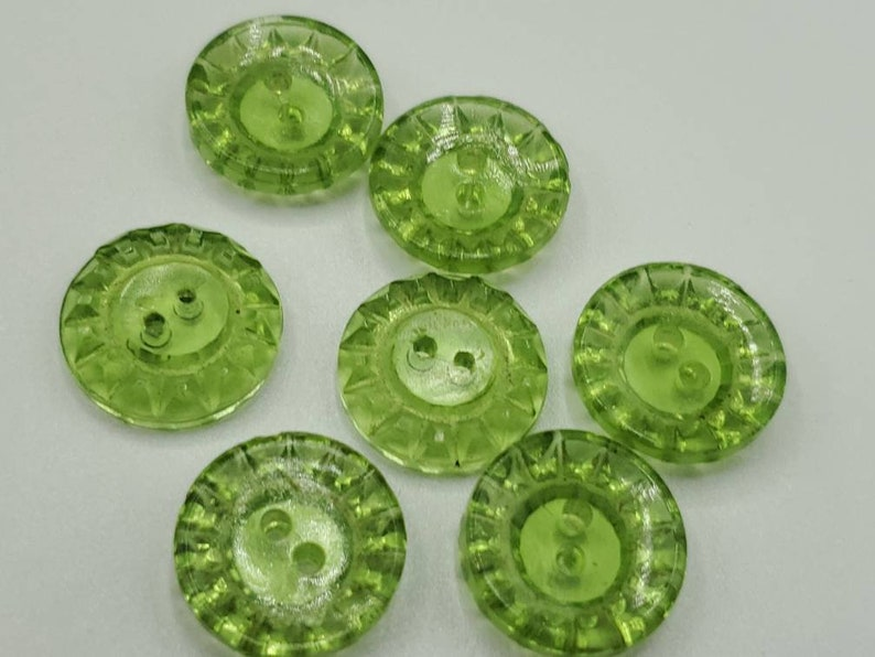 Feb 245 21 novelty cut glass Vintage Buttons 916 14mm lot of 7 small size matching green Depression glass