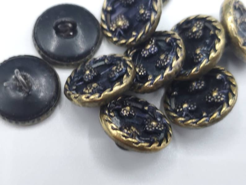 small size 916 14 mm waistcoat buttons Collector metal Victorian, Vintage Buttons 10 beautiful floral design Feb 267 21