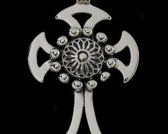 Celtic Cross with Beaded Flower  6440S