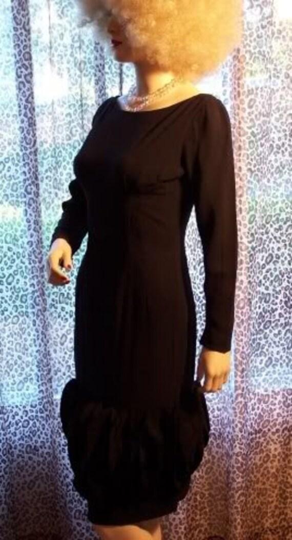 Audrey 60s Little Black Dress - image 3