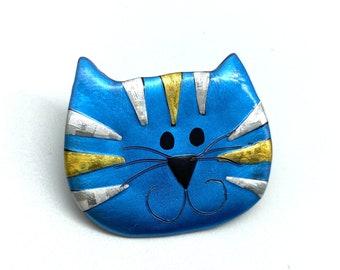 Tabby Cat pin brooch in blue