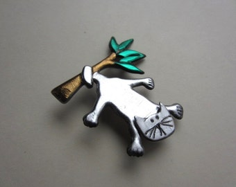 Cat hanging in a Tree Brooch Pin