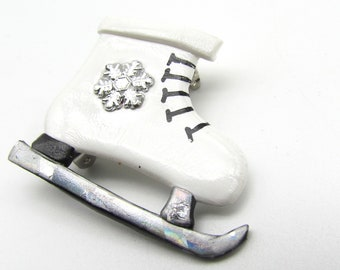 White Ice Skate Figure Skating Pin Brooch jewelry
