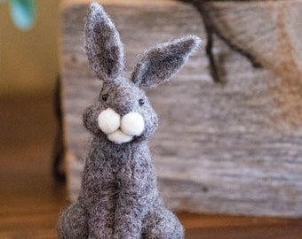 Needle Felt Bunny - Needle Felted Bunny - Easter Bunny - Easter Decoration - Easter Decor -  Wool Bunny - Easter Décor