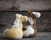 Horse Felting Kit - Needle Felting Kit - DIY Kit - Craft Kit - Felting Supplies - DIY Craft Kit - Starter Kit - Needle Felted – Beginner