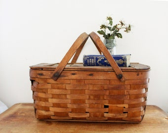 vintage 50s Large Rustic Wooden Picnic Basket  // Retro Farm House Decor Storage