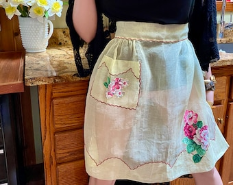 Pink Mesh tulle net Apron Vintage Hand Made waist apron with Flowers Kitchen Cook fabric Half Apron