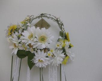 Daisy Wreath, Ribbon streamers, Flower crown, Yellow, Floral Wreath, Hippie wreath,  Boho Headpiece, Hippie Headpiece, Green, Vintage