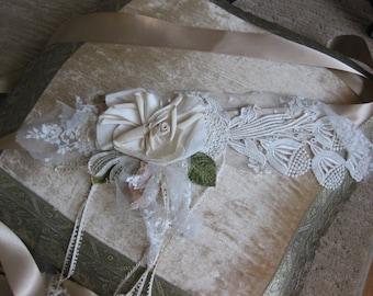 Silk Flower Wedding Dress SASH, one of a kind, Vintage Flower Sash. Boho Wedding Dress Sash, Green Sash, Ribbon Sash. Wedding Gown Sash