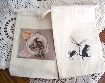 Set of 2 Muslin Drawstring Fabric Gift Bags Reusable Bags Animal Natural History Theme Jewelry Storage Shelf Display Instant Collection