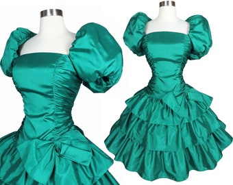 Vintage 80s Green Prom Party Dress M L Taffeta Puff Poof Short Sleeves Balloon Tiered Full Skirt Big Bow Homecoming Dance Holiday Xmas Best