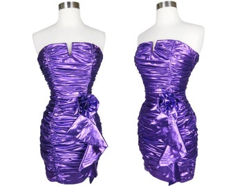 Vintage 80s 90s Purple METALLIC Strapless Prom Cocktail Party Dress XS Extra Small Womens Formal Lame Lamé Foil HoCo Glam Ruched Mini Skirt