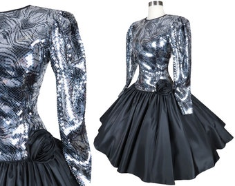 Vintage 80s 90s Black Silver Sequin Metallic Prom Party Dress S Small Long Sleeve Sequence Taffeta Holiday Cocktail Full Circle Skirt