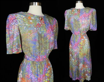 Vintage 80s Impressionist Watercolor Painting Floral Flowers Garden Party Pleated Dress M Medium Casual Short Sleeve Secretary Shoulder Pad