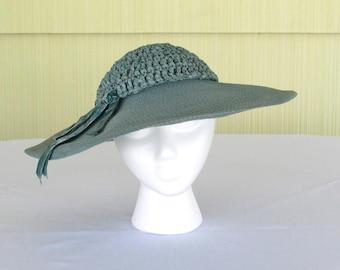 1940's vintage pale aqua wide brim straw hat with crochet crown
