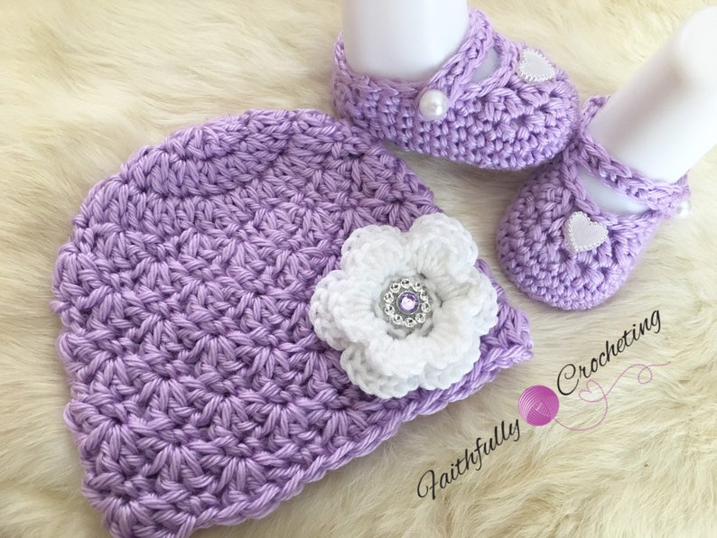 ready to ship lavendar long sleeve sweater. matching Mary Janes and beanie. Newborn girl sweater set..