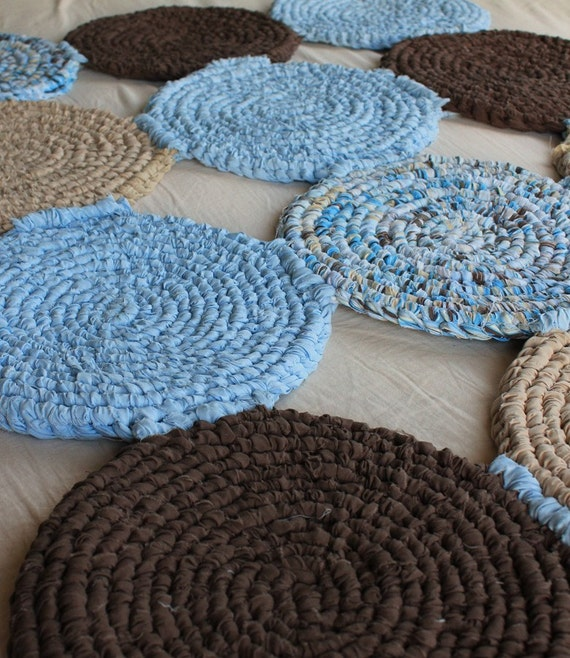 Items Similar To Rag Rug In Mod Blue And Chocolate 48x36