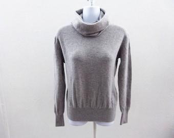 100% Cashmere Sweater Size M Light Gray Cowl Neck Womens Portolando 42 Chest