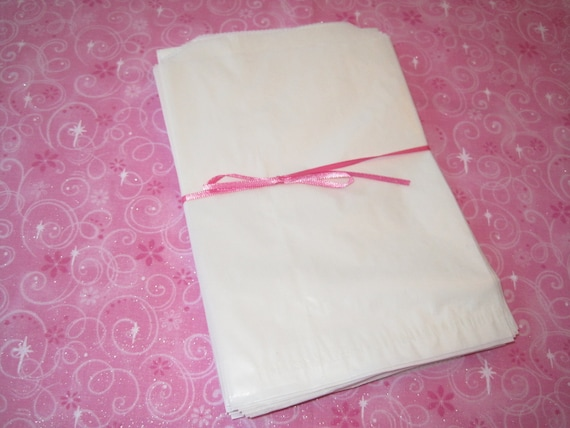 100 Wax Paper Bags, Candy Bags, Bakery Bags, Food Bags, Donut Bags, Cookie Bags, Grease Resistant, Glassine Wax Bags 5.5x7.75