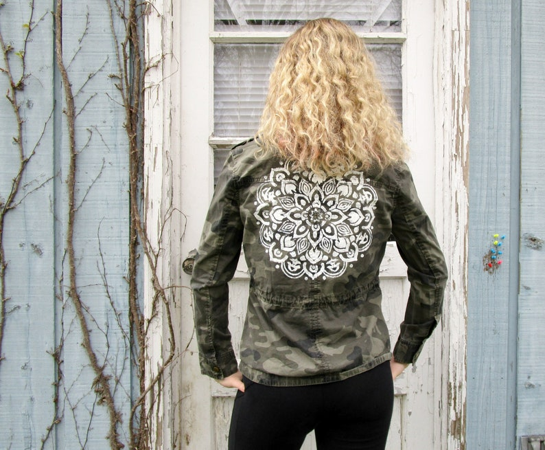 Sm Painted Camo Jacket Small ThreadSmart