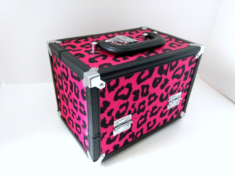 Cosmetic Makeup Box Train Case Organizer Travel Box Purse Sewing Storage Bin Caboodle Jewelry Box Accordion Trays Red Print W Black Trim