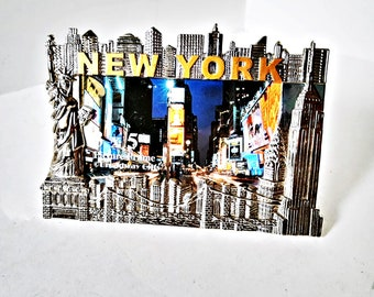 New York Photo Frame, Heavy Silver Metal picture frame, holds 3 x 5 inch photo, easel backing, Skyline Liberty Statue Building city skyline