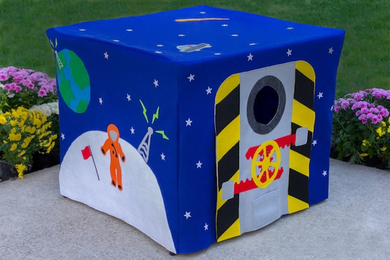 Outer Space Astronaut Kids Card Table Playhouse Cover