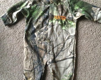 Personalized Camouflage Mossy Oak  or Realtree Baby Infant Newborn Long Sleeve Baby Sleeper Creeper Embroidered
