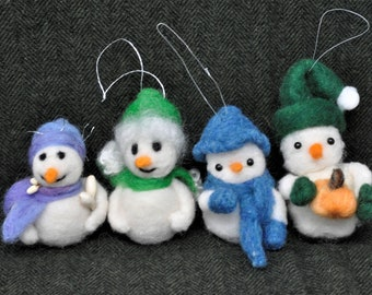 Needle Felted Snowmen and Snowwomen, Christmas Ornament, Holiday Decoration, Wool Felted Decorations.