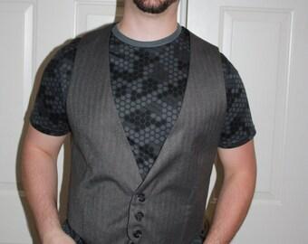 Men's Size 40 Dark Grey Dress Vest