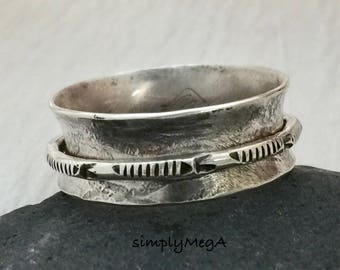 silver spinner ring fish in the weeds unisex fidget ring size 8.5 ready to ship