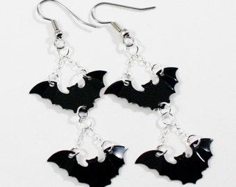 Black Halloween Earrings Gothic Bat Earrings Spooky Sequins Dangles Plastic Sequins